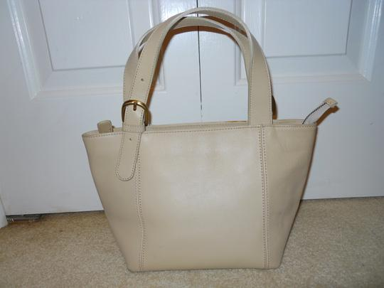 unknown Leather Tote in beige Image 2