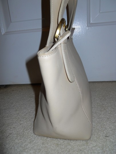 unknown Leather Tote in beige Image 4