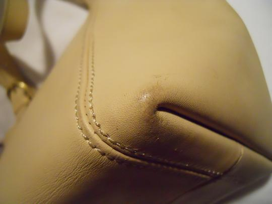unknown Leather Tote in beige