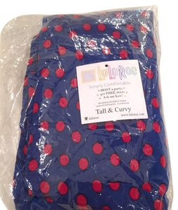 LuLaRoe navy with red spots Leggings