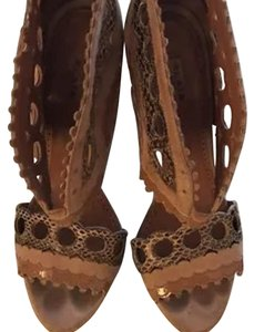 ALAA brown Platforms