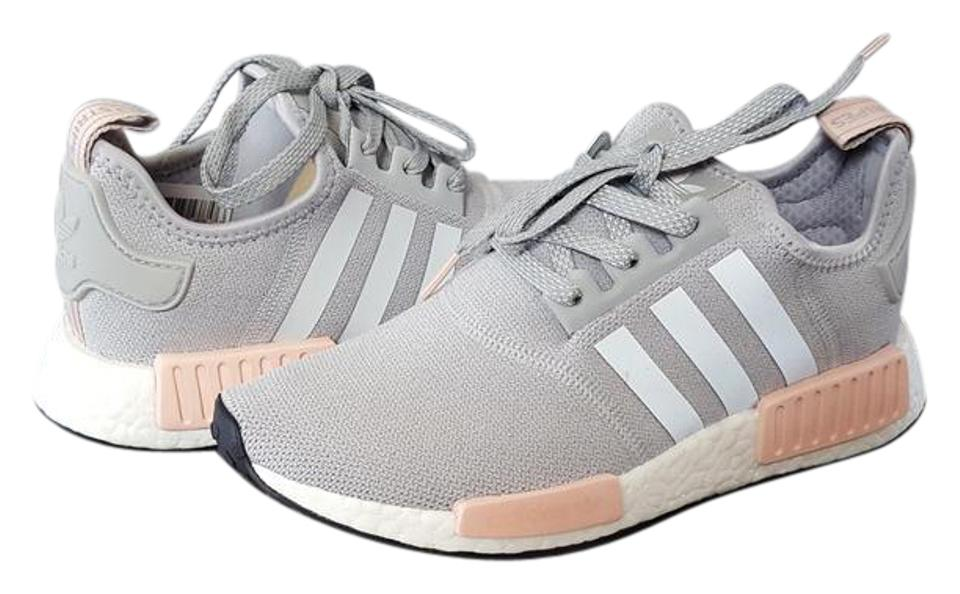sports shoes 37faf 8eb52 adidas Light Grey Pink Nmd Runner R1 Sneakers Size US 7.5 Regular (M, B)