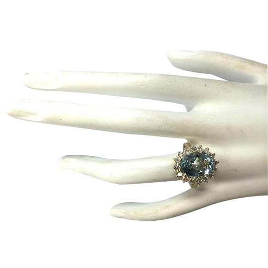Fashion Strada 6.50 Carat Natural Aquamarine 14K Yellow Gold Diamond Ring