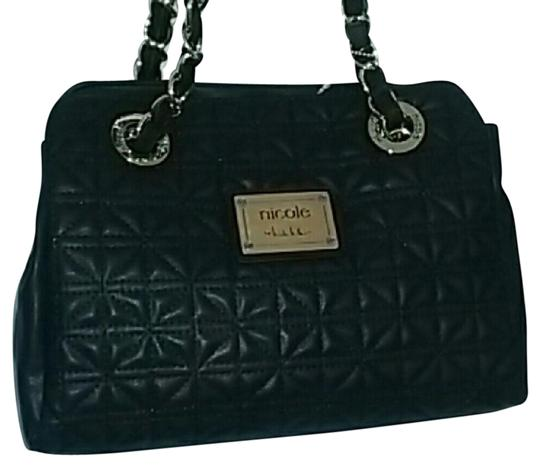 Preload https://img-static.tradesy.com/item/21199878/nicole-miller-nm-handbag-black-satchel-0-1-540-540.jpg