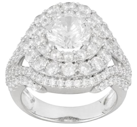 Preload https://img-static.tradesy.com/item/21200124/white-750ctw-round-sim-diamond-platinum-plated-sterling-silver-ring-0-1-540-540.jpg