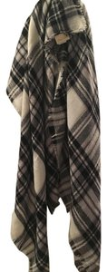 Modcloth Black and White Plaid Modcloth Blanket Scarf