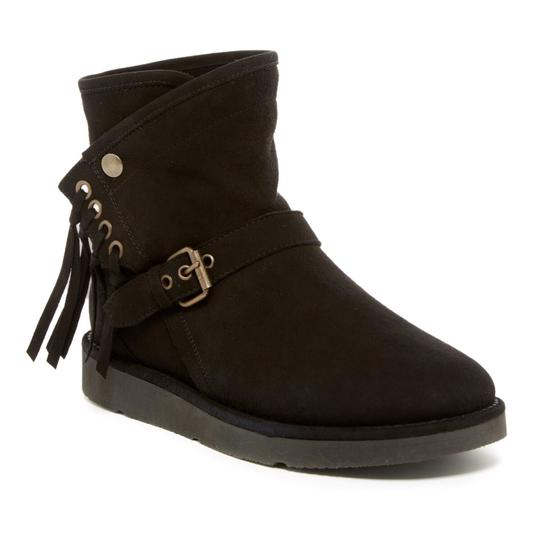 Preload https://img-static.tradesy.com/item/21200385/ugg-australia-black-bootsbooties-size-us-6-regular-m-b-0-2-540-540.jpg