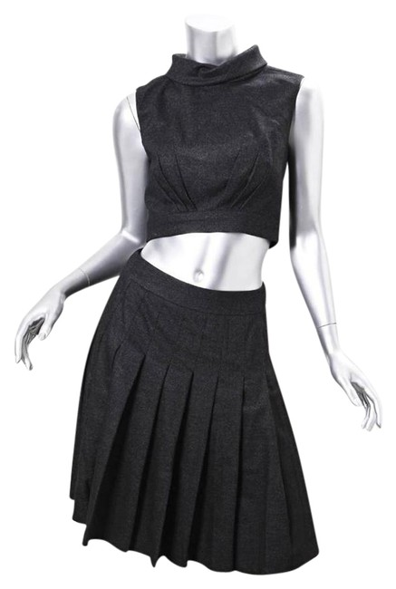Preload https://img-static.tradesy.com/item/21200410/chanel-black-wool-sleeveless-cropped-top-blouse-pleated-skirt-set-outfit-short-casual-dress-size-4-s-0-1-650-650.jpg