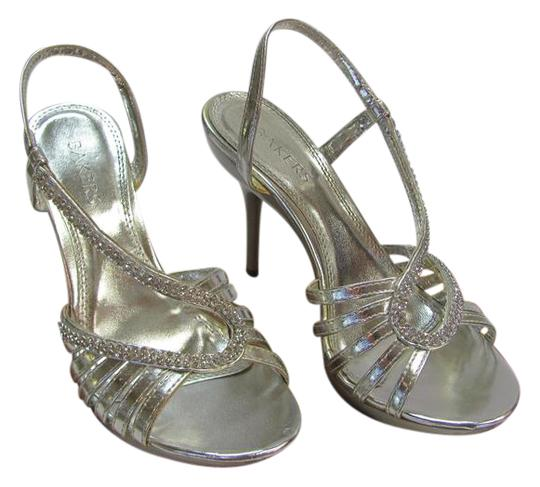 Preload https://img-static.tradesy.com/item/21200486/bakers-silver-m-rhinestones-very-good-condition-sandals-size-us-75-regular-m-b-0-1-540-540.jpg