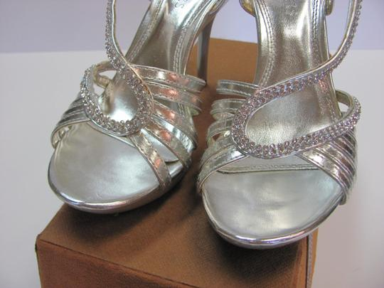 Bakers Size 7.50 M Rhinestones Very Good Condition Silver, Sandals
