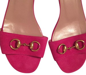 Gucci hot pink Flats