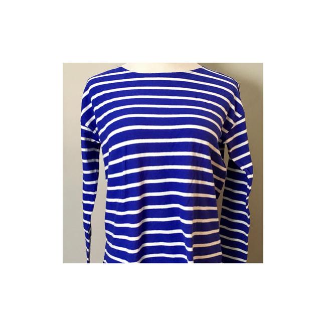 Preload https://img-static.tradesy.com/item/21201209/jcrew-sky-blue-white-stripe-boatneck-oversized-new-with-tags-fit-a-or-very-oversized-8-tee-shirt-siz-0-2-650-650.jpg
