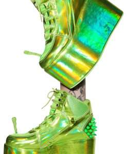 YRU green Platforms