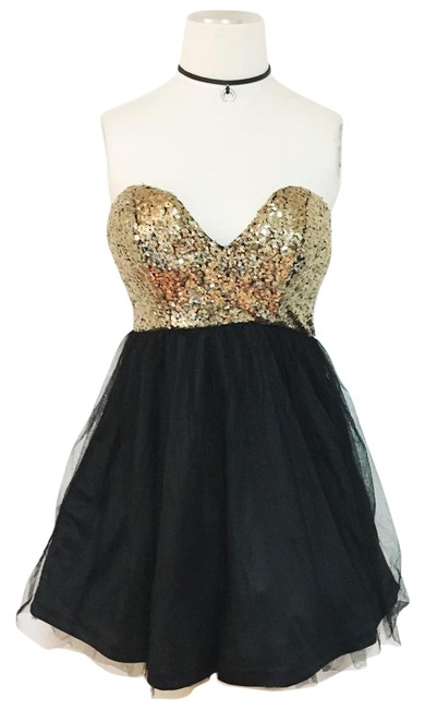 Preload https://img-static.tradesy.com/item/21201370/windsor-blkgold-strapless-sequin-gauze-till-formal-short-cocktail-dress-size-4-s-0-1-650-650.jpg