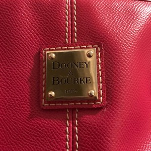 Dooney & Bourke Tote in pink