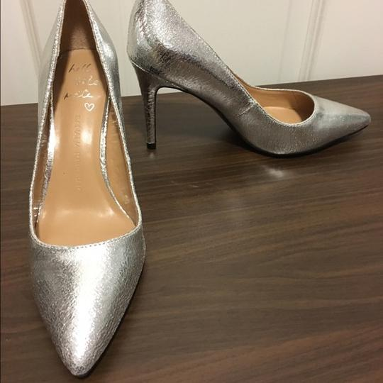 Banana Republic Pointed Toe Sexy Wedding Bridal Party Silver Pumps