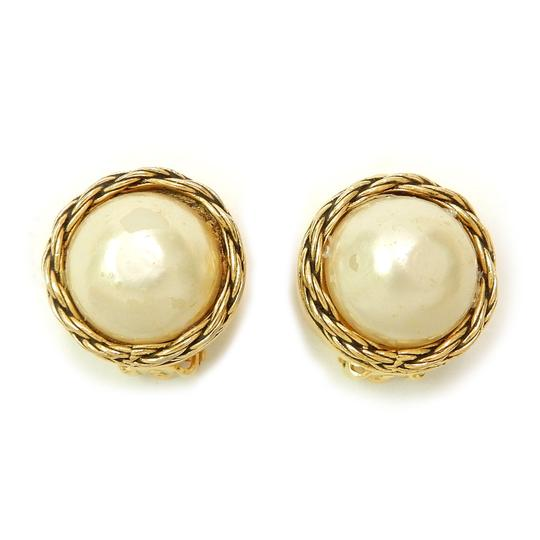 Preload https://img-static.tradesy.com/item/21201912/chanel-gold-plated-cc-imitation-pearl-vintage-earrings-0-0-540-540.jpg