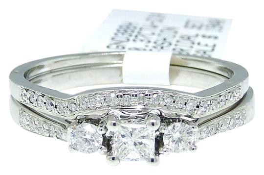 Preload https://img-static.tradesy.com/item/21201952/10k-white-gold-round-cut-engagement-bridal-solitaire-diamond-set-037-ct-ring-0-2-540-540.jpg