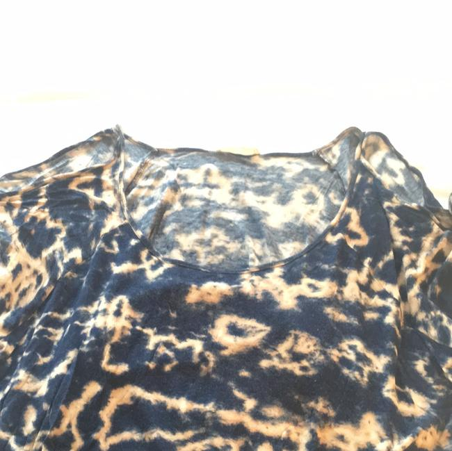 Lush T Shirt Blue and beige tie dye