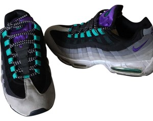 Nike Blk, Grey, Purple, Green Athletic