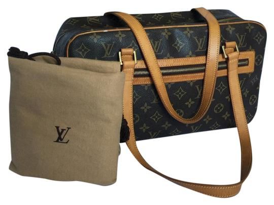 Preload https://img-static.tradesy.com/item/21203241/louis-vuitton-cite-mm-brown-canvas-shoulder-bag-0-1-540-540.jpg