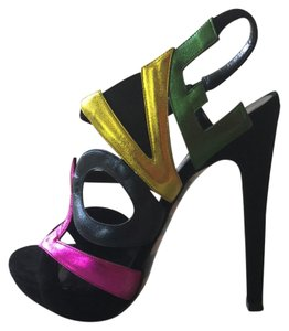 Georgina Goodman black/fuschia Platforms