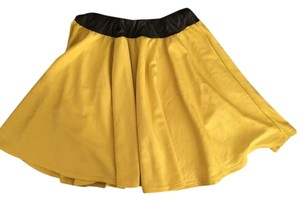 Si style Skirt Yellow
