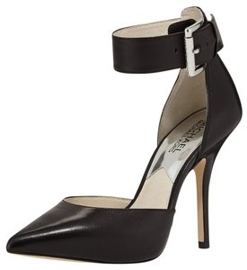 Michael Kors Chic Edgy Pointed Toe Classic Leather Black Pumps