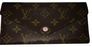 Louis Vuitton Rose Ballerina Josephine wallet