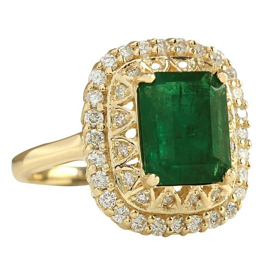 Fashion Strada 3.11 Carat Natural Emerald 14K Yellow Gold Diamond Ring Image 1