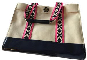 Tory Burch Tote in Natural /navy blue /pink