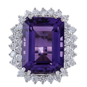 Fashion Strada 15.12 Carat Natural Amethyst 14K White Gold Diamond Ring
