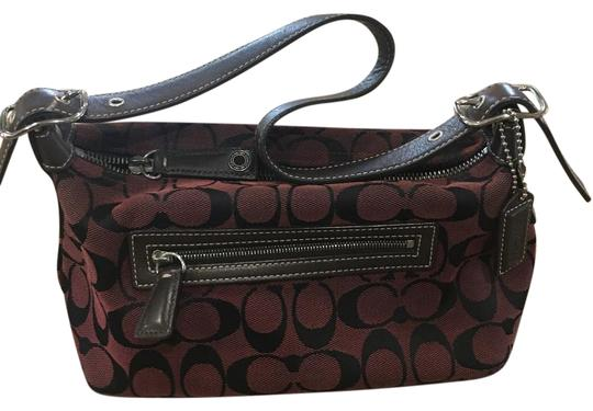 Preload https://img-static.tradesy.com/item/21205223/great-easy-for-everyday-dark-brown-straps-maroon-background-with-large-black-c-baguette-0-1-540-540.jpg
