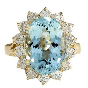 Fashion Strada 7.24 Carat Natural Aquamarine 14K Yellow Gold Diamond Ring