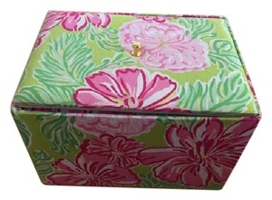 Lilly Pulitzer Lilly Pulitzer Jewelry box - Beautiful pattern!