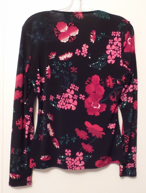 Bisou Bisou Like New Asian Knit Medium Long Top Black, Red, Green, Pink + Image 9
