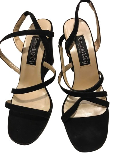 Preload https://img-static.tradesy.com/item/21205993/black-sandals-size-us-9-regular-m-b-0-1-540-540.jpg