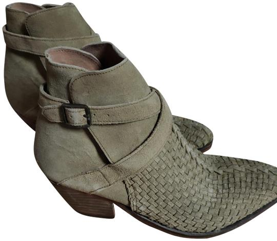 Preload https://img-static.tradesy.com/item/21206149/free-people-soapstone-khaki-fab-western-inspired-woven-venture-ankle-new-75-8-bootsbooties-size-us-7-0-2-540-540.jpg