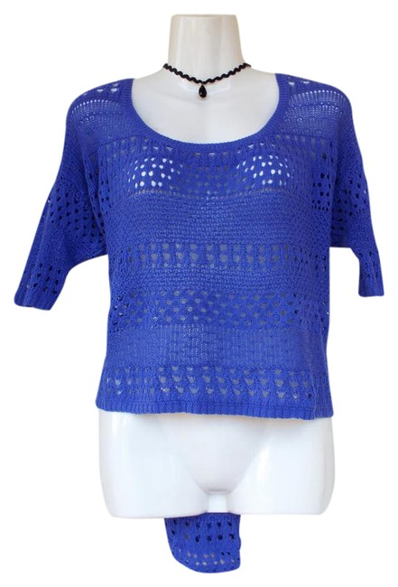 Preload https://img-static.tradesy.com/item/21206178/blue-purple-knit-scoop-neck-high-low-blouse-size-12-l-0-1-650-650.jpg