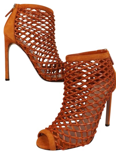Preload https://img-static.tradesy.com/item/21206256/gucci-old-whisky-orange-leather-woven-open-toe-cage-ankle-7-bootsbooties-size-eu-37-approx-us-7-regu-0-1-540-540.jpg