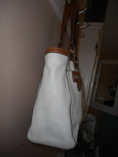Coach Leather Tote in Ivory/Brown Image 3