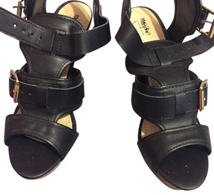 Mossimo Supply Co. Sandals