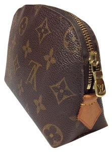 Louis Vuitton Authentic Cosmetic Pouch