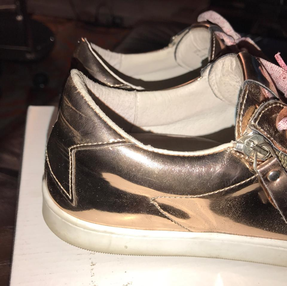 57a638536e16 Steve Madden Rose Gold Leather Fashion Sneakers Sneakers Size US 8 ...