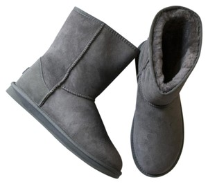 Australia Luxe Collective Sheepskin Winter Fur Lined Men's Gray Boots