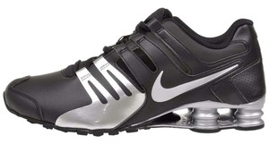 Nike Men's Shox Current Running 886060387165 633631 015 Black / SIlver Athletic