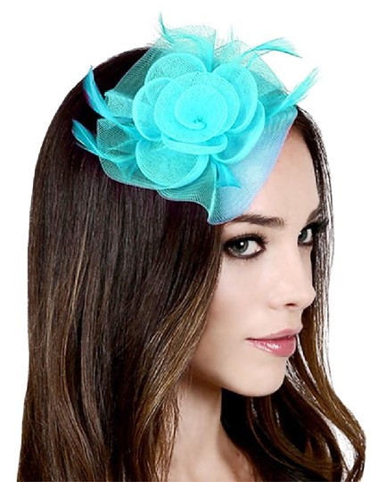 Preload https://img-static.tradesy.com/item/21210377/turquoise-new-feather-mesh-flower-hair-pinch-clip-brooch-hat-0-1-540-540.jpg