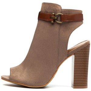 Bamboo Faux Suede Zipper Grey Boots