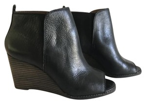 Lucky Brand Black Leather/Brown Heel Boots