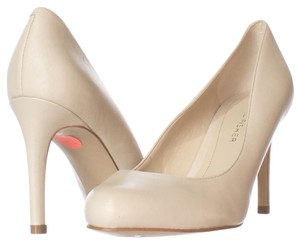 Marc Fisher Beige Pumps